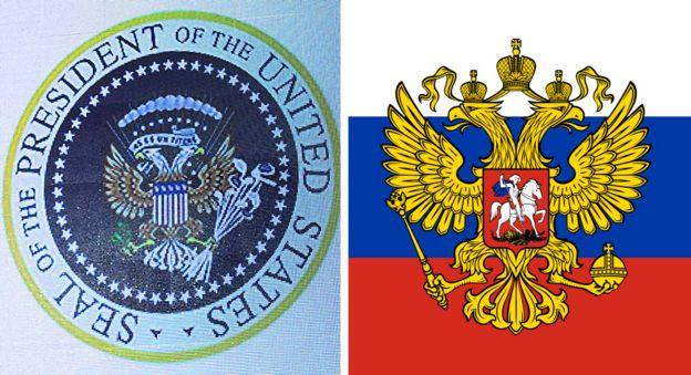 徽章正中央的白头鹰有两个头,与原本美国总统徽章的白头鹰完全不一样,反而跟俄罗斯国徽上的双头鹰有点像。