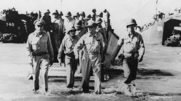 Tướng Douglas MacArthur (1880 - 1964)