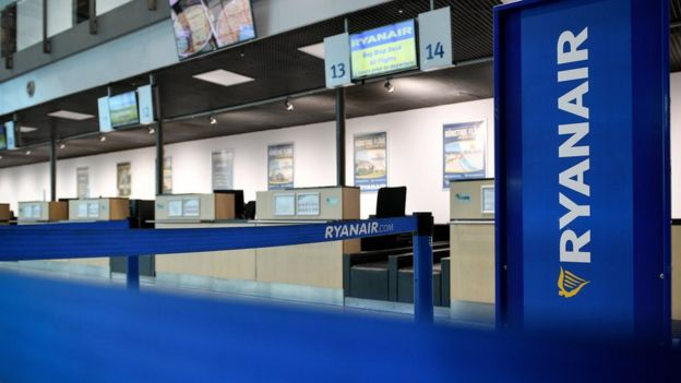 Ryanair check-in desks
