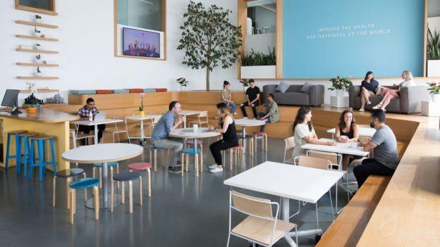 La cantina de la oficina de Headspace en Los Ángeles.