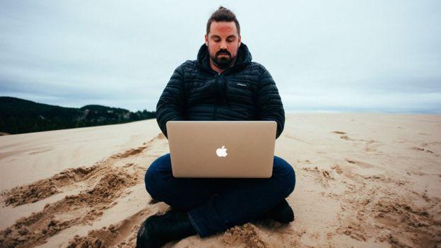 Grant Sabatier en la playa