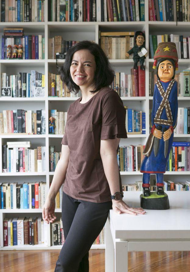 Adriana Negreiros