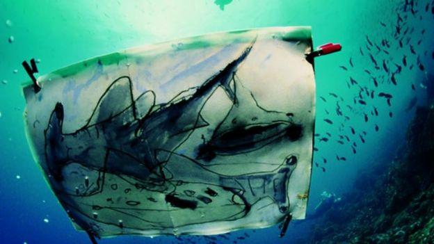 Su altında rəsm