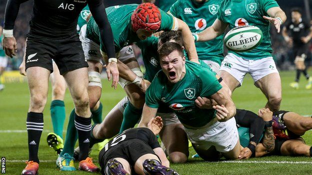 Jacob Stockdale shows his delight after scoring Ireland's crucial try