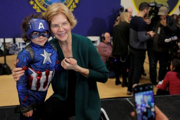 Demokrat Parti'nin aday adaylarından Elizabeth Warren, ABD'nin milyarderlerini en çok eleştiren isimlerden