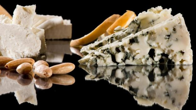 Cheese and almonds