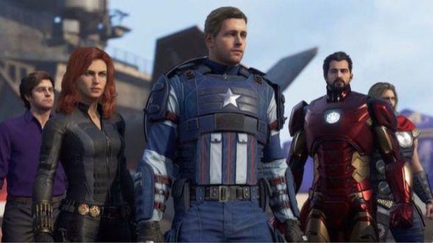 Una captura de pantalla del juego Avengers en producción muestra a los personajes de Bruce Banner, Black Widow, Capitán América, Iron Man y Thor.