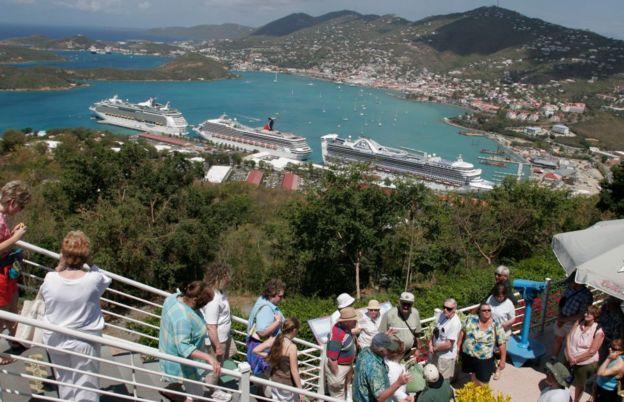 Turistas en Islas Vírgenes de EE.UU.