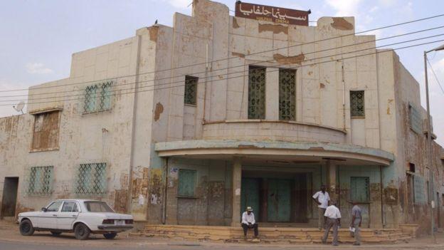 اندثر معظم الصالات السينمائية في السودان