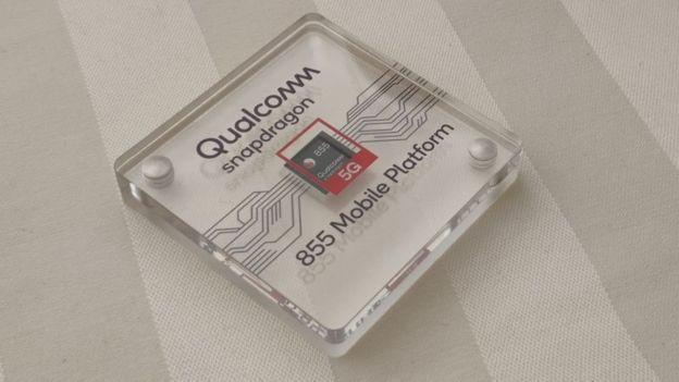 Los dispositivos de Huawei utilizan muchos componentes de empresas estadounidenses como Qualcomm.