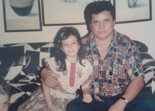 Diana com o pai, Luis López