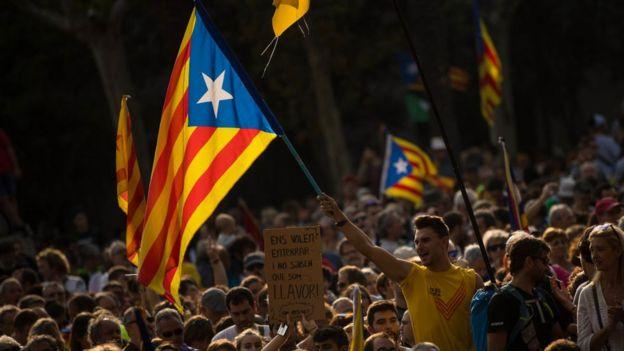 Protesta en las calles de Barcelona por la independencia de Cataluña.
