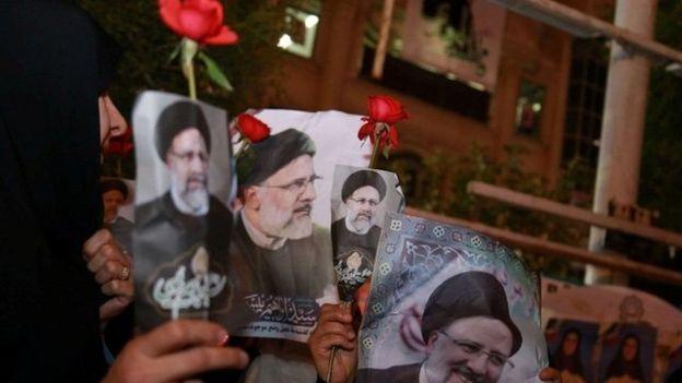 نعمت احمدی در روزنامه شرق ابراهیم رئیسی را فرزند دادگستری خواند و نوشت: او از افرادی است که در این دستگاه از سربازی به سرداری رسیده است