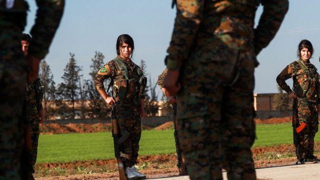 Suriye'de Kürt Halk Savunma Birlikleri'yle (YPG) birlikte savaşan Kadın Savunma Birlikleri (YPJ), Haseke, 21 Aralık 2018