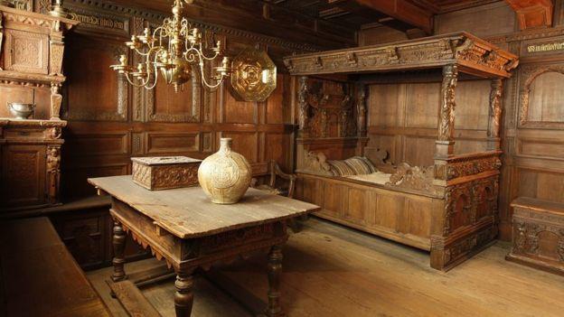 غرفة قديمة