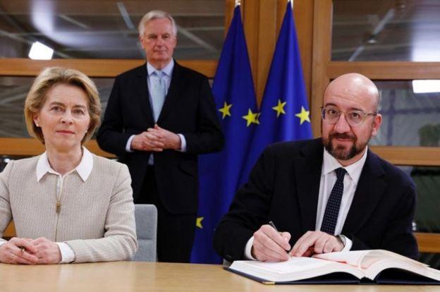 برگزیت؛ رهبران اتحادیه اروپا توافق خروج بریتانیا را امضا کردند