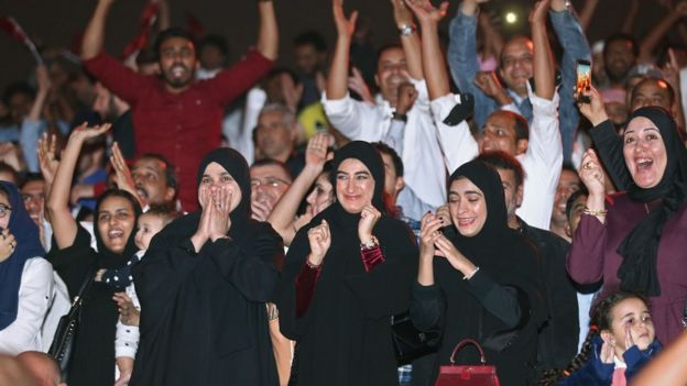 """عربية: """"التأجيج السياسي"""" بأداء الخليج"""