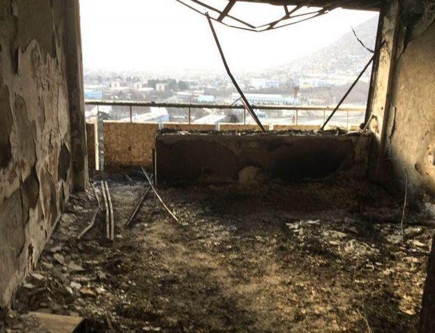 Daños dentro del Hotel Intercontinental de Kabul.