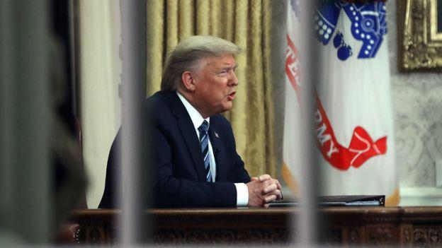 特朗普在椭圆形办公室