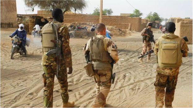 Les forces françaises sont présentes au Mali durant toute la durée de la présidence d'IBK
