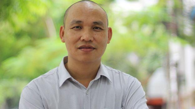 Phó Giáo sư Vũ Tiến Hồng