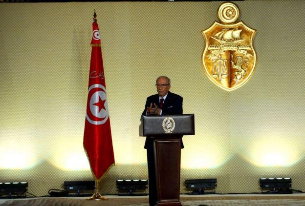 Béji Caïd Essebsi a été élu président de la Tunisie en décembre 2014, battant le candidat sortant Moncef Marzouki avec 55,6% des voix.