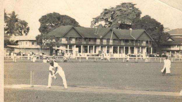 Old photo of cricket in Lagos