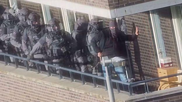 هجوم الشرطة على خلية ارنهيم