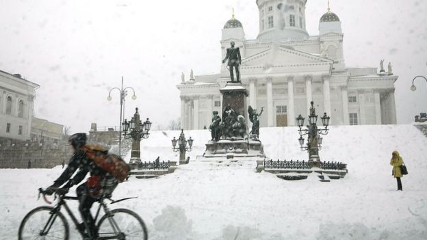 Helsinki bajo nieve.