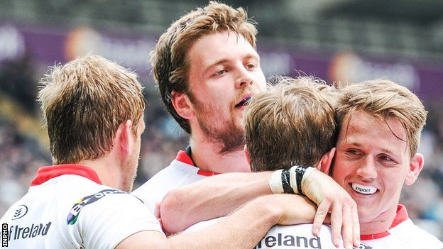 Craig Gilroy, Iain Henderson and Sean Reidy congratuate Andrew Trimble after his try
