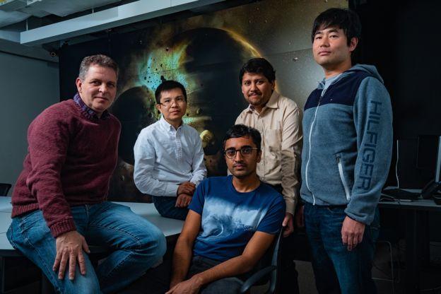 El equipo de la Universidad Rice, en Texas, EE.UU., que publicó el estudio (de izq. a der.): Gelu Costin, Chenguang Sun, Damanveer Grewal, Rajdeep Dasgupta y Kyusei Tsuno.