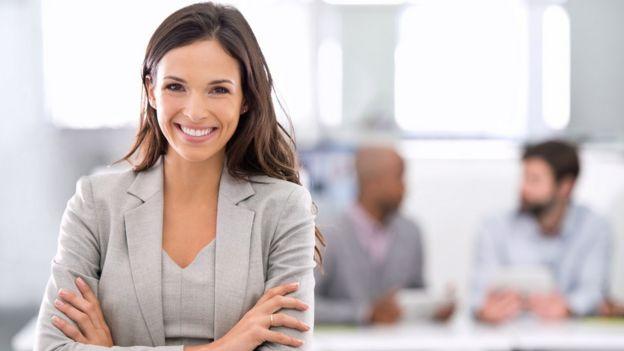Mujer sonriendo