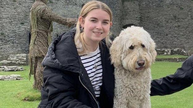 Martha y su perro Barney