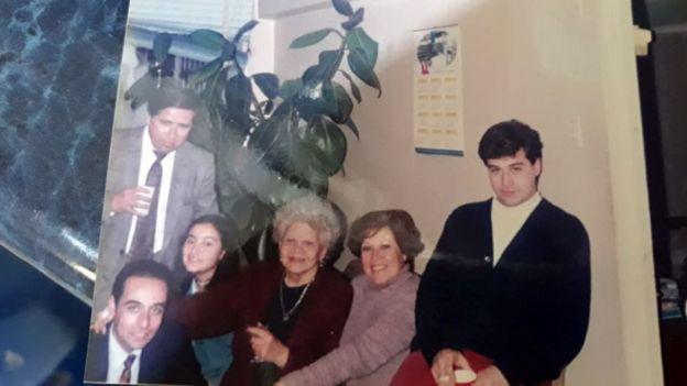 Mauricio Pulgar con familiares.