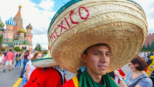 fanático mexicano en Rusia