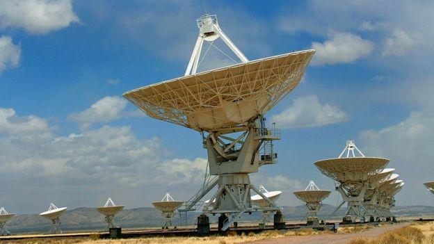 Complejo de telescopios de comunicación satelital