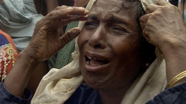 一名羅興亞婦女哭泣