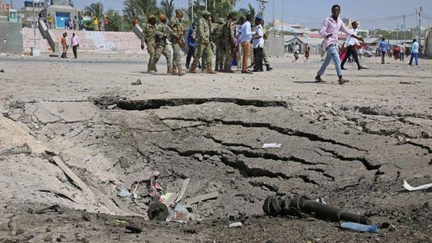 Huellas de un ataque en Mogadiscio