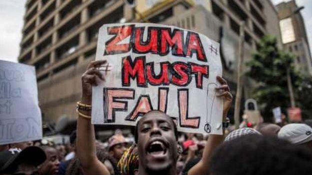 Wamtaka rais Zuma kungatuka mamlakani