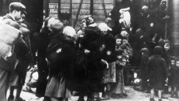 Famílias judias em Auschwitz