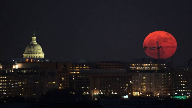 Image of a large reddish moon during the supermoon of December 3, 2017 seen in Washington.  (Photo: NASA)