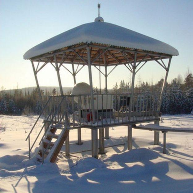 Radiation monitoring station, Peleduy, 2007 pic