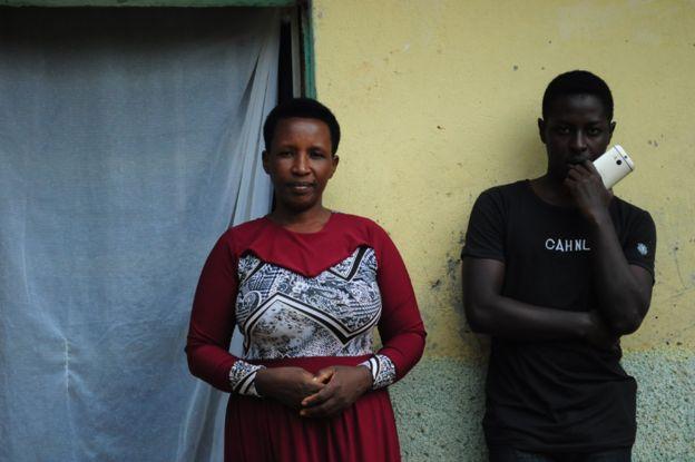 Дэниел и его мать