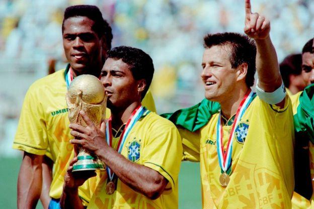 kostum brasil di piala dunia 1994