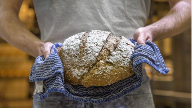 Pan caliente recién hecho