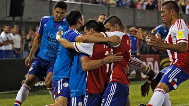 Jugadores paraguayos celebrando