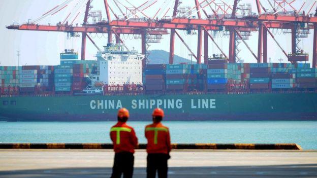 位於中國青島的一個貨櫃港
