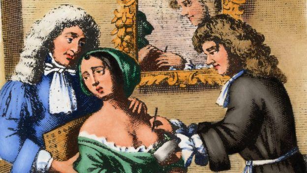 Un cirujano del siglo XVII realiza una mastectomía en una mujer. Londres, 1678.