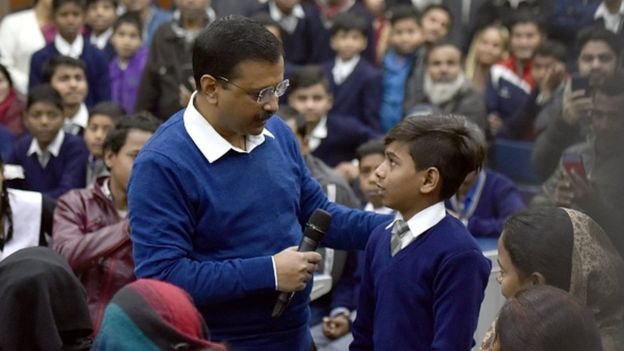Delhi Chief Minister Arvind Kejriwal talks with students and parents during his visit to oversee a Mega Parent Teacher Meeting (PTM) to brief parents about their childrens progress and also to take their feedback, organised by the Delhi Government at all its schools, at Sarvodaya Bal Vidyalaya, Rouse Avenue, on January 4, 2020 in New Delhi, India