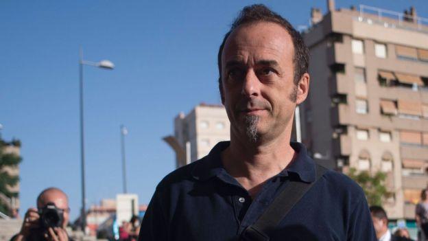 Italian citizen Francesco Arcuri (C) arrives to the court of Granada, on August 21, 2017.